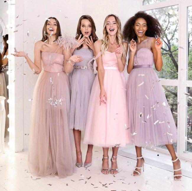 Как выбрать новогоднее платье 2020 по типу фигуры, цветотипу и гороскопу
