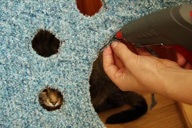Когтеточка с домиком для кошек своими руками, мастер-класс