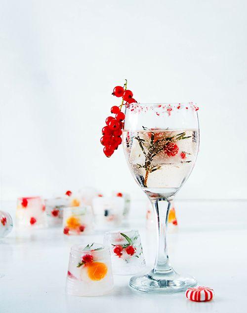 Красивые кубики льда для новогодних напитков