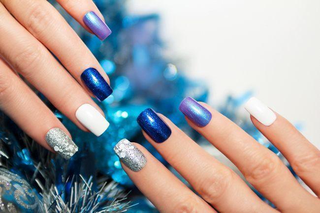 Новогодний маникюр 2020 - 100 фото идей на разные ногти!