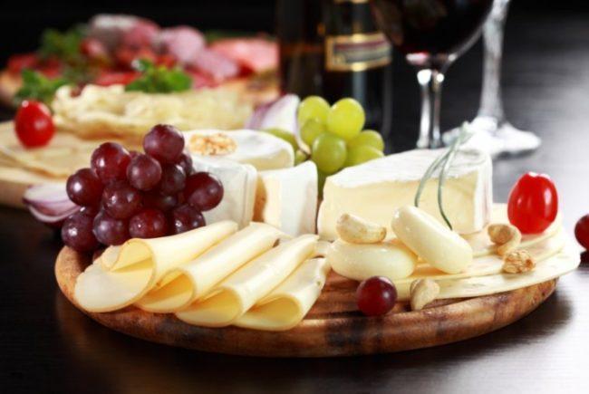 Простые блюда на Новый год 2020: готовое меню с рецептами