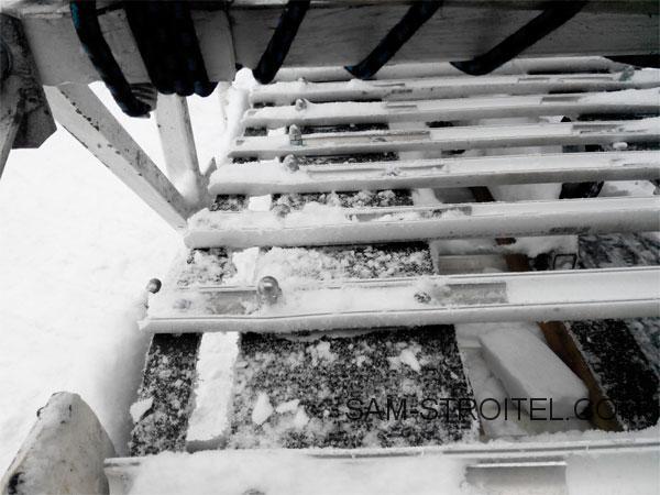 Самодельный снегоход с двигателем от мотоцикла Иж Планета