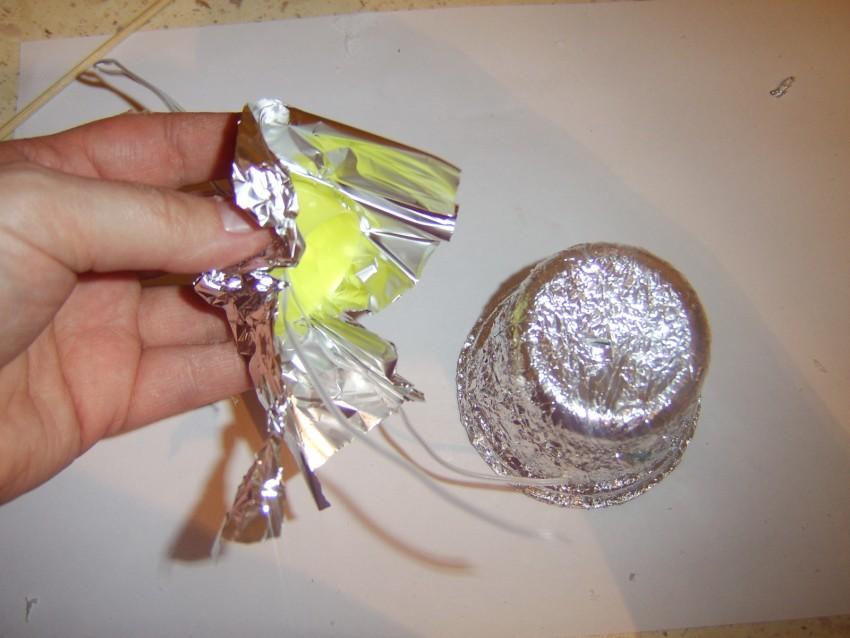 интересные поделки и красивые украшения из одноразовой посуды (80 фото)
