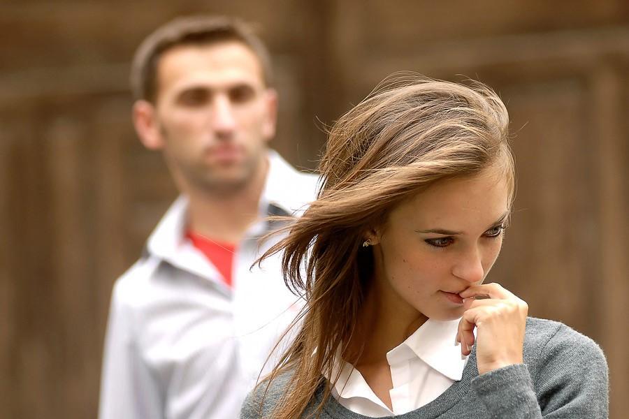 равнодушие женщины к мужчине